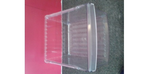 VEGETABLE DRAWER USE PLASTIC CLEAR WR32M540
